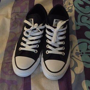 Converse Madison Low Top Sneakers